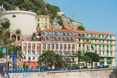 Buitenkant van de historische gebouwen en het Hotel Suisse in Nice, Frankrijk Stock Foto