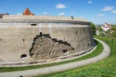 Buitenkant van het Barbacan-bastion van de oude stad van Vilnius, Litouwen Royalty-vrije Stock Foto