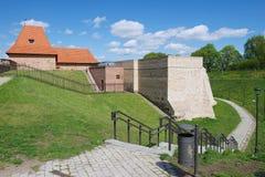 Buitenkant van het Barbacan-bastion van de oude stad van Vilnius, Litouwen royalty-vrije stock foto's