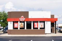 Buitenkant van het restaurant van Arby ` s Stock Afbeelding