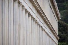 Buitenkant van marmeren Stoa van Attalos-colonnade Royalty-vrije Stock Foto's