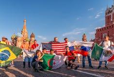 Buitenlandse ventilators van de Wereldbeker 2018 op Rood Vierkant royalty-vrije stock foto