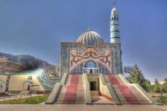 Buitenmening aan de Centrale Moskee van Naryn, Kyrgyzstan royalty-vrije stock foto