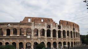Buitenmening van Colosseum in Rome stock videobeelden