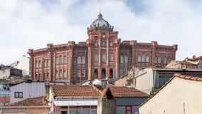 Buitenmening van de Griekse Orthodoxe Collage van Phanar in Balat, Istanboel, Turkije stock foto