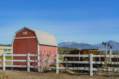 Buitenmening van een landbouwbedrijf van Cal Poly Pomona royalty-vrije stock foto