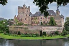 Buitenmening van oud Nederlands Kasteel Royalty-vrije Stock Foto's