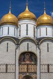Buitenmening van Veronderstellingskathedraal binnen Moskou het Kremlin royalty-vrije stock fotografie
