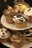 Buitensporig cupcakes is heerlijk royalty-vrije stock foto's