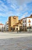 Bujaco塔,大广场,卡塞里斯,埃斯特雷马杜拉,西班牙 免版税库存照片