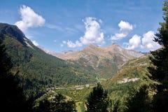 Bujaruelo dal Spanien Frankrike pyrenees arkivbild