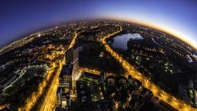 Bukarest-Skylinepanorama am bluehour Lizenzfreie Stockfotografie