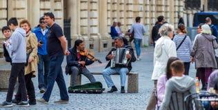 Bukarest - Tagesleben in der alten Stadt stockbild