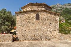 Bukashytklooster bij Skandenberg-Kasteel complex in Kruja, Albanië stock foto's