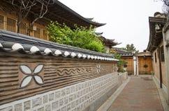 Bukchon hanok村庄在汉城南韩 免版税图库摄影