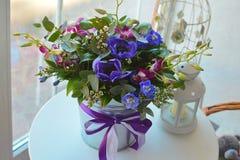 Bukett av blommor för en mors dag royaltyfri fotografi