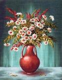 Bukett av blommor i en Clay Vase Fotografering för Bildbyråer