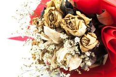 Bukett av den isolerade torkade rosen Arkivfoton