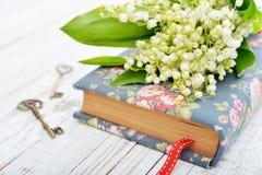 Bukett av kunna-liljan arkivfoto