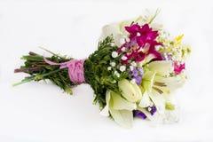 Bukett av omväxlande blommor arkivfoto