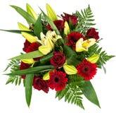 Bukett av röda rosor och gerberas Royaltyfri Bild