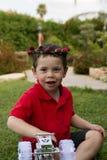 Bukett för blomma för litet barnpojkefödelsedag Royaltyfri Fotografi