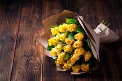 Bukett för gula rosor Royaltyfria Foton