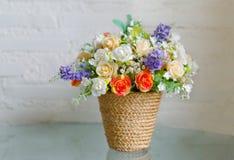 Bukett för konstgjorda blommor Royaltyfri Fotografi