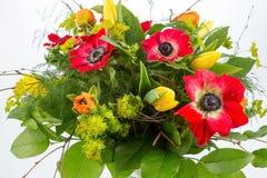 buketten blommar fjädern Arkivbilder