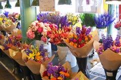 Buketter av ny-snitt blommor Royaltyfri Bild