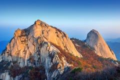 Bukhansan山在秋天,在韩国 库存图片