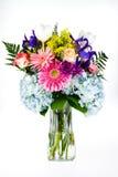 Bukiet kolorowi kwiaty w szklanej wazie. Fotografia Stock