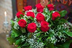 Bukiet kwiatu bukiet sto czerwonych róż Zdjęcie Royalty Free