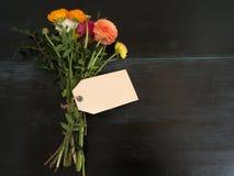 Bukiet kwiaty i pusty textfield z copyspace Zdjęcia Royalty Free