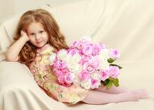 bukiet kwitnie dziewczyny trochę Fotografia Stock