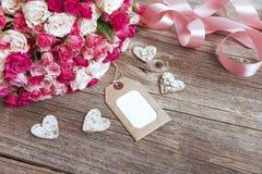 Bukiet róże i karta Fotografia Royalty Free
