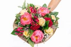 bukiet z różami, peoniami, celozją, brunia i veronica, Obrazy Stock