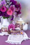 bukieta filiżanki kwiatu herbata Zdjęcie Stock