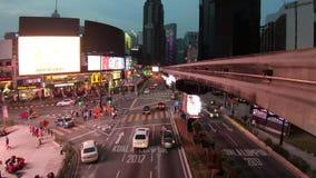 Bukit Bintang Kuala Lumpur nachts stock video