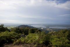 Bukit Merah湖全景从登上Semanggol高山的 免版税库存照片