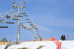 bukovel να κάνει σκι σκι ανελκυστήρων κλίση Ουκρανία Στοκ φωτογραφία με δικαίωμα ελεύθερης χρήσης