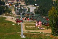 bukovel carpathians升降椅手段滑雪乌克兰冬天 图库摄影
