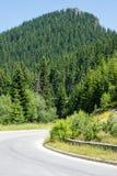 bulbed Острая дорога поворота в Rhodopes Стоковые Изображения