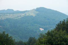 bulbed Shipka Пройдите на Балканах Стоковая Фотография