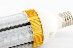 Bulbo del LED aislado en el fondo blanco Fotos de archivo libres de regalías