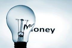 Bulbo e dinheiro Fotos de Stock