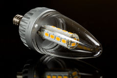 Bulbo moderno da vela do diodo emissor de luz Imagens de Stock Royalty Free
