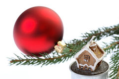 Bulbo vermelho do Natal isolado no branco Imagens de Stock Royalty Free