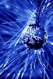 Bulbos azuis do Natal Fotos de Stock Royalty Free