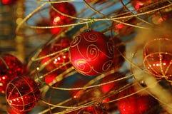 Bulbos rojos de la Navidad Foto de archivo